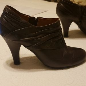 Sofft booties size 8.5